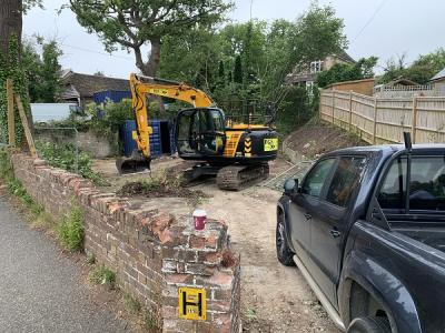 New House Building at Etchingham, machinery moving onto site
